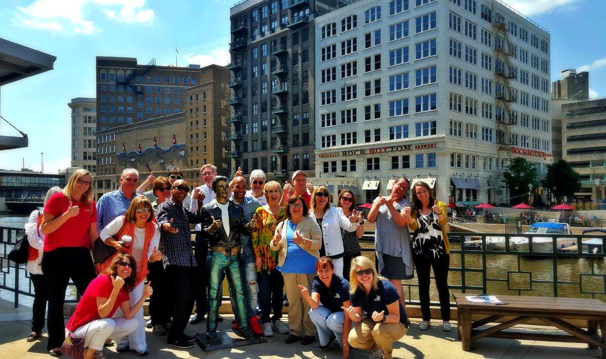 Bronze Fonze on 3! #mke  @JohngysBeat  @KristinSettle @geigerpr @TravelWI @DavidGroupTour @JudyKoutsky http://t.co/MVox09H9o3