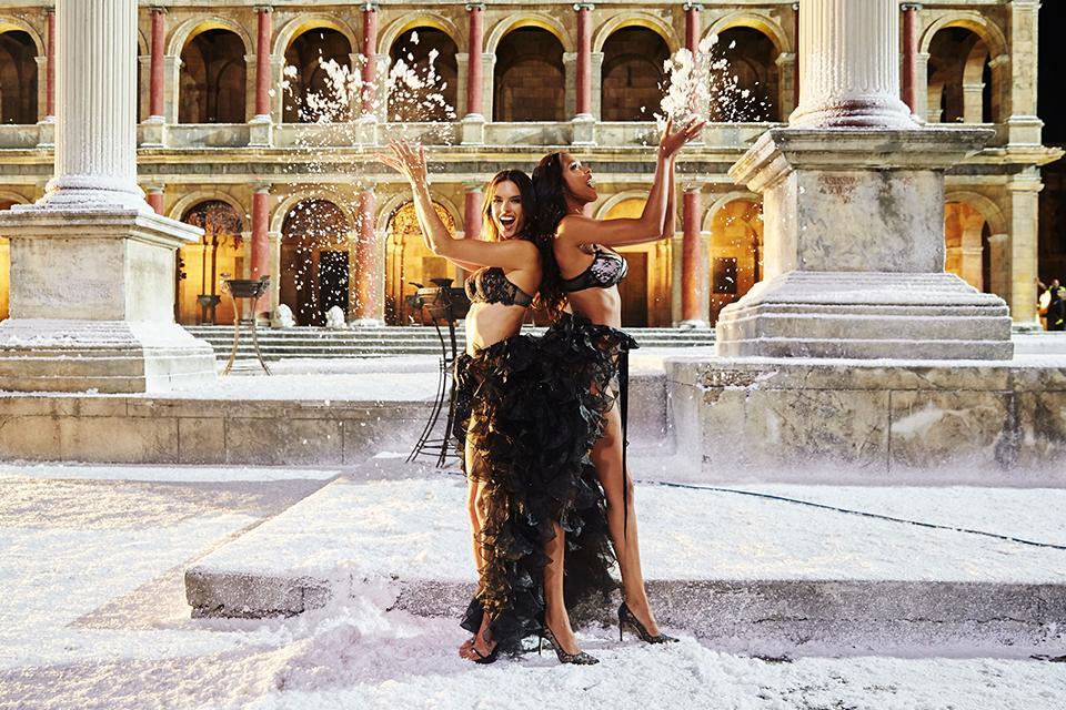 Roman Holiday. ❄️ ????????  #Rome #BTS #VSHoliday http://t.co/hhVXOjckHQ