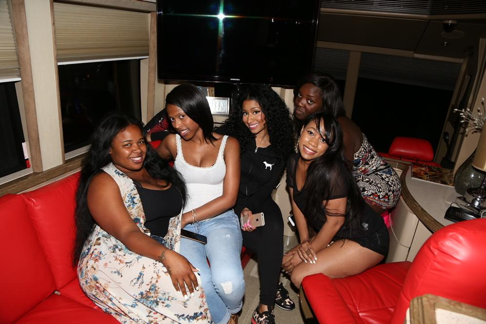 Left the venue very late today. Some of the barbz were still there. #NJ http://t.co/7ACHdKI0Bv