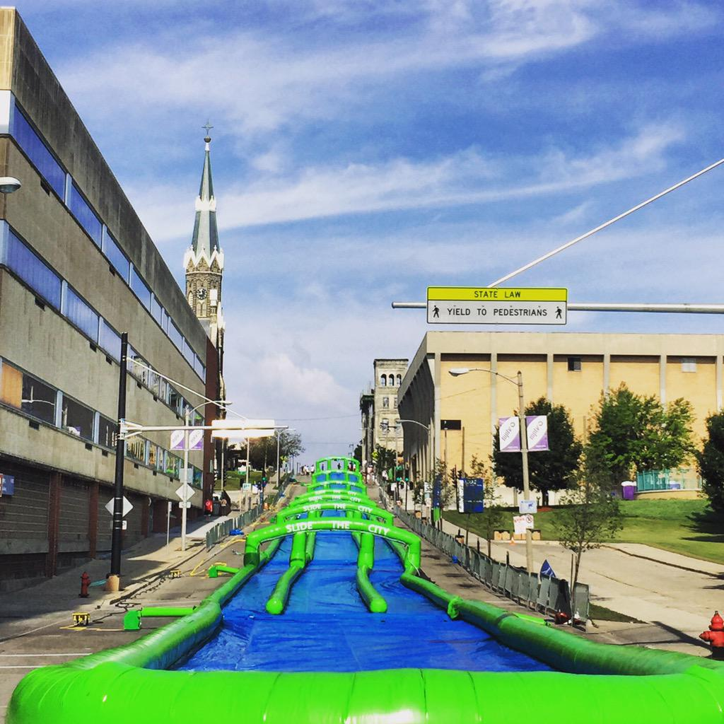 1000 foot waterslide downtown benefiting @SalvationArmyWI   http://t.co/34p7wMPMuT http://t.co/NENiGGrQZQ