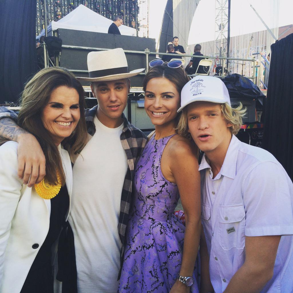 #specialolympics ! @codysimpson @mariashriver @justinbeiber ..justin gave me a sneak peak of his new single-so cool! http://t.co/t5jmMurwug