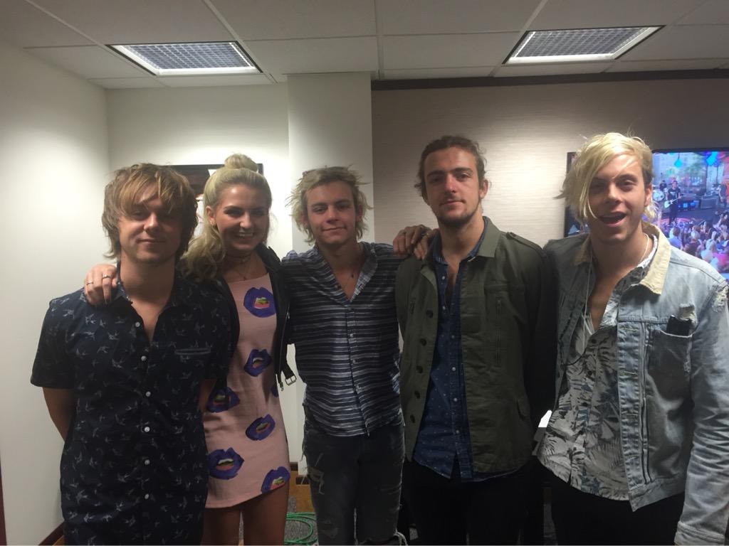 We're hanging w/ @officialR5 this morning before their appearance on @COandCO9! They're pumped for the show tomorrow! http://t.co/gxYOuqFV2T