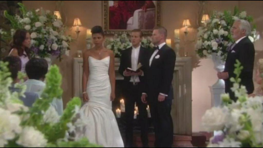 @karlamosley @AMHorsford @Jacob_W_Young @turnerschofield great job, things are about to get real on #BoldandBeautiful http://t.co/PXsUfXQr1O
