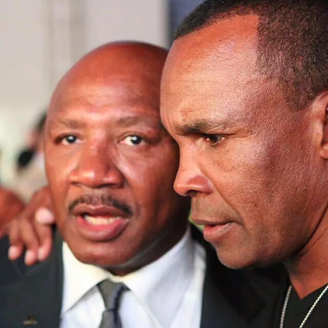 Two of the best EVER @SugarRayLeonard & Marvelous Marvin Hagler. What a GREAT picture from last night at the NVBHOF. http://t.co/qXm8s0nIbu
