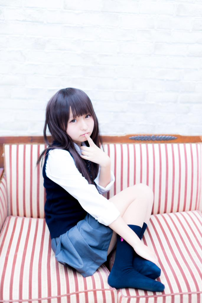 コスプレイヤーあんにゅい豆腐ちゃん(18)「お兄さん、今夜3枚でどうですか 」と制服コスプレ写真公開