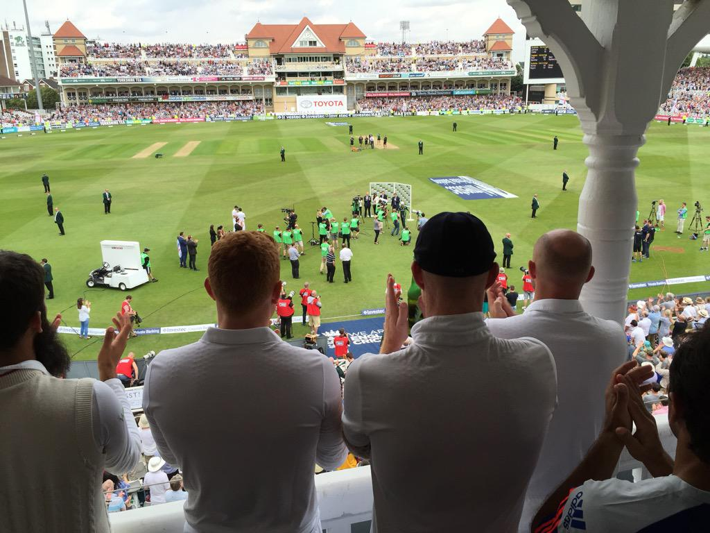 A lot of respect on the England balcony for Michael Clarke... http://t.co/iIx1giBC0v