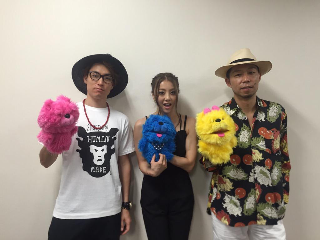 本日はDANCE EARTH PARTY「BEAUTIFUL NAME」のリリースイベントを大阪のあべのキューズモールでやらせていただきました! 明日は東京ドームシティのラクーアガーデンで行うので是非みなさんお越し下さい