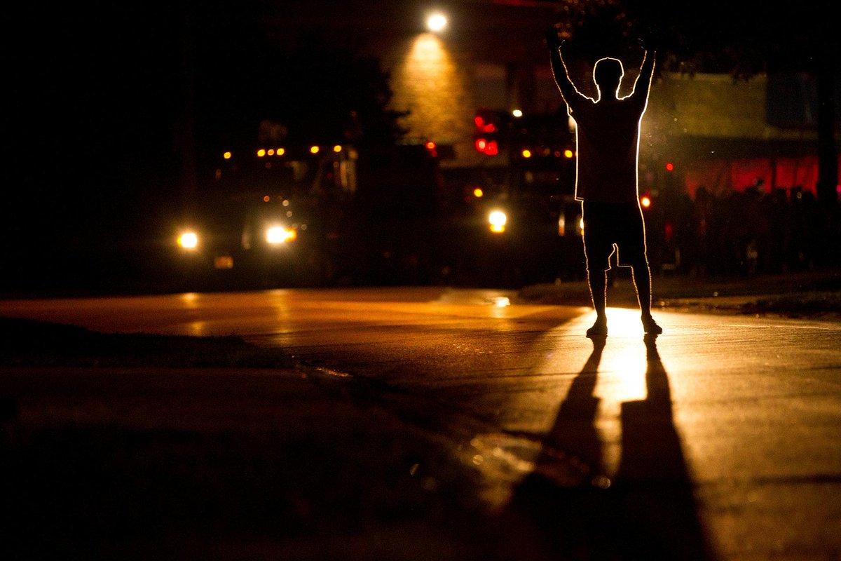 Images of Ferguson, one year ago. http://t.co/JPkJ9kJLzI http://t.co/SZQRf8Nbwy