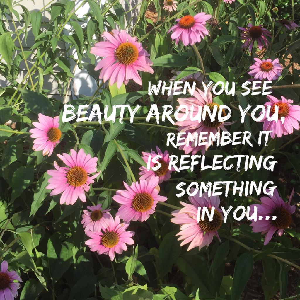 Hello, beautiful! #ThinkBIGSundayWithMarsha http://t.co/fZyTAuGLvN