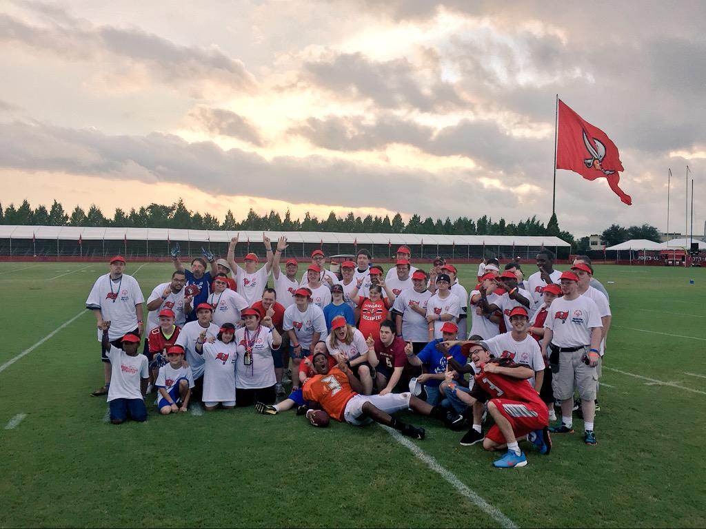 Safe to say @Jaboowins and Special Olympics Florida had a blast at @TBBuccaneers #BucsCamp http://t.co/aNyaUXCSWk