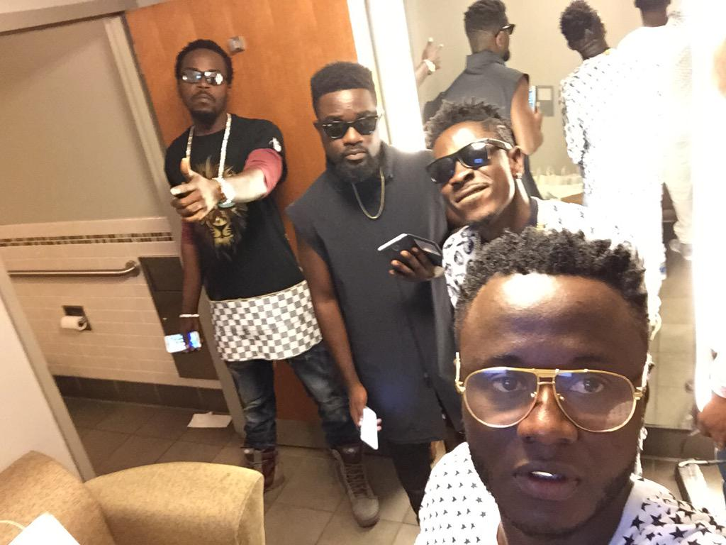 And @shattawalegh came to support @sarkodie @kwawkese @Tmentzz @ApolloTheater http://t.co/bFESk5xFHK
