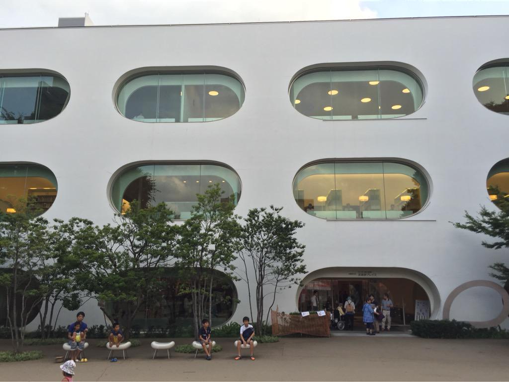 武蔵境探訪-SHIROBAKO聖地巡礼-その12みゃーもりとりーちゃんが話をしていた図書館と公園が一緒になった武蔵野プレ