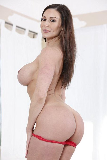 "It's finally coming ""The Making Of Kendra Lust Body Molds"" @KendraLust http://t.co/r4AUFHpCaa     #lustarmy"