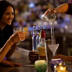 Stop by @Kimptons #Surfcomber for Punch the Clock, 4-7pm #happyhour specials: http://t.co/A6DDzusUbp #Miami http://t.co/vGU1nV7pK5