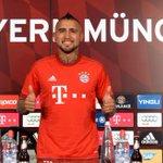 El Bayern Munich tiene a un nuevo Rey. http://t.co/ieF9fKHFyk