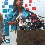 #ElDato: @MariaCorinaYA inscribirá su candidatura acompañada de su posible sustituto http://t.co/WZAOnC2d7h http://t.co/OoBkqzmM8H