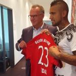 MINUTO A MINUTO | Sigue acá la presentación de Arturo Vidal con el Bayern Münich » http://t.co/MFtoBYdHYz http://t.co/GGzu7v5gw6