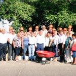 Supervisando los trabajos que los beneficiarios del programa Empleo Temporal realizan en la col. Nacional #Tampico http://t.co/PQrJV9eCcj