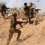 """El drama que dejó una derrota clave del Estado Islámico: """"Niños combatientes"""" http://t.co/0h24lVmc7N http://t.co/lz44G8FsfV"""