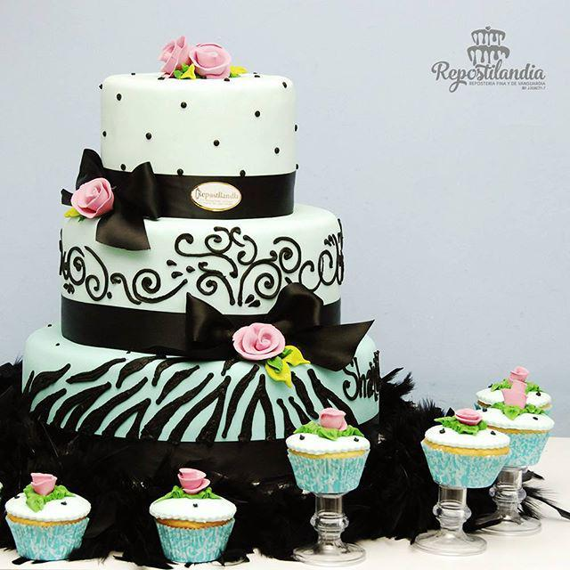�� esta hermosa torta es una muestra de nuestro trabajo hecho con amor y delicadeza �� Si qu… http://t.co/JPzT008mmz http://t.co/6rKStGwNVs