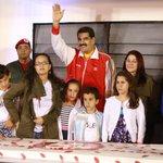 Cuartel 4F abrió sus puertas para celebrar cumpleaños 61 del Comandante Chávez http://t.co/vTNtQGq9Lk http://t.co/7F1T8NfqH6