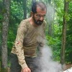 الشيخ #محمد_بن_راشد خلال رحلة يجهز فيها الطعام لأصدقائه #العربية #الإمارات http://t.co/LXIpOTBWkz http://t.co/asCoUHJCWr