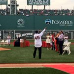Hall of Famer Pedro Martinez was welcomed by fans chanting his name as No. 45 was retired at Fenway. (via @RedSox) http://t.co/el2vnAY4JC