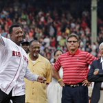 Heres Pedros 1st pitch with his #RedSox HOF brethren looking on http://t.co/zDhEpRsHrf by @MikeSilvermanBB http://t.co/oAWWT0tP3X
