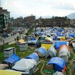 ค่ายผู้ประสบแผ่นดินไหวใจกลาง Kathmandu มีผู้มาพักพิงกว่า 8,000 คน #NationTV #unicefthfornepal http://t.co/vJqTbnGraf
