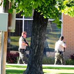 Man threatens use of bomb during Wells Fargo Bank robbery in Hyrum - http://t.co/QFMZyCoaxg - @HJNews @amacavinta http://t.co/3aMLUPQKaQ