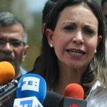 """.@MariaCorinaYA: """"Negativa de Maduro a observación internacional es confesión de su derrota"""" http://t.co/b1fYOtPlOu http://t.co/5RtvAWql6c"""