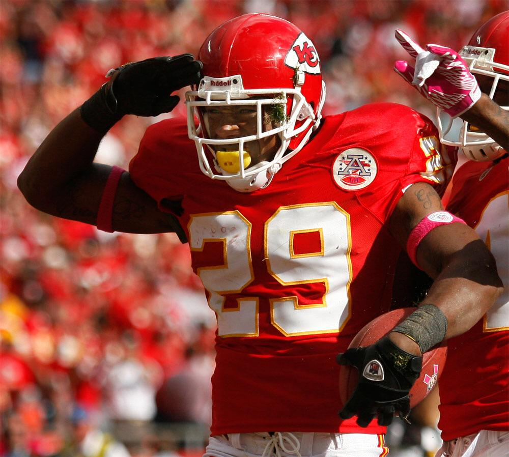 Eric Berry has beaten cancer and is now cleared to resume practice with the Chiefs #BerryStrong http://t.co/GEMPJQ9HqX
