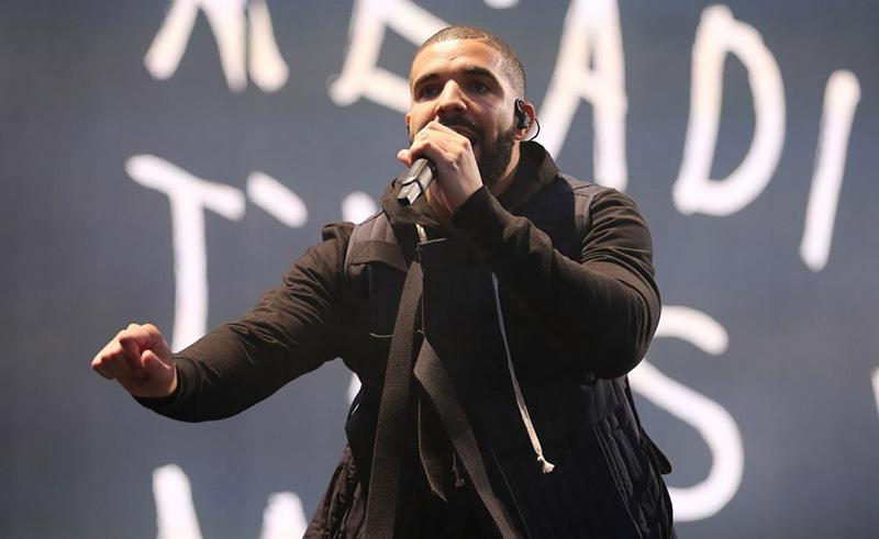 Drake to Meek Mill: 'You gettin' bodied by a singin' ni**a' #BackToBack http://t.co/uHCPqkX1OK