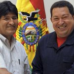 #ChavezAmorConAmorSePaga | Bolivia conmemoró el cumpleaños del Comandante Chávez http://t.co/4klyOhh762 http://t.co/YeHOiAje8m