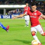 Equipo de la Premier League aparece con millonaria oferta por Aránguiz → http://t.co/6M9ODGbIb3 http://t.co/YUpOVgLLhr