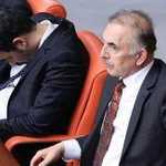 "AKP İstanbul Milletvekili Uğur Işılak, ""Meclise uyumaya gitmiyorum"" diyeli 1.5 ay oldu. http://t.co/YYHIHtVUzL"
