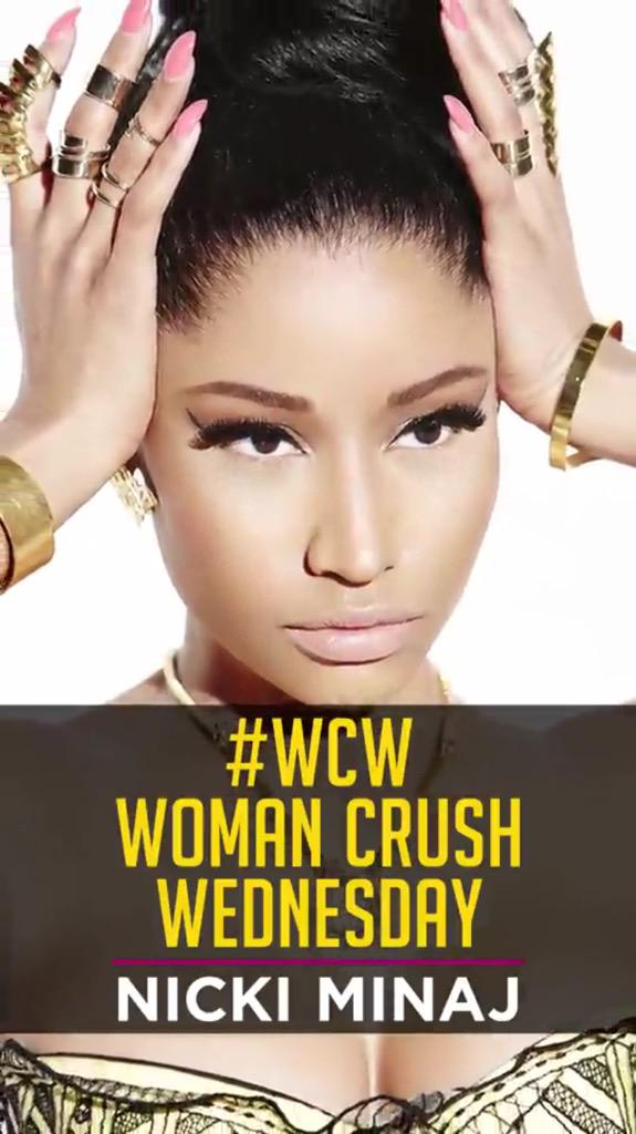 RT @iHeartRadio: Did you see our #Snapchat #WCW?!? We love @NICKIMINAJ ???????? http://t.co/0Sf0xFPDPM