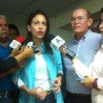 """#29JL @MariaCorinaYA """"Hoy en Anzoátegui fue detenida la periodista Nazareth, de El Norte. Sólo por hacer su trabajo"""" http://t.co/JE2FU5Ov5v"""