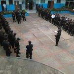 Felicitamos a miembros de la @PNC_SV y @FUERZARMADASV por brindar seguridad al pueblo salvadoreño. #GobSV http://t.co/5YN8NadDiC