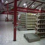 #29JL PDVAL (Aragua) , ¿Guerra economica? ¿Burguesia pelucona? http://t.co/ivCUvvw0m4