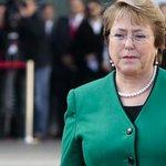 """#AnálisisSemanal: ¿Recuperará Bachelet la """"cariñocracia"""" del pueblo? http://t.co/pUPdRMnJiC http://t.co/t4247kS5nc"""