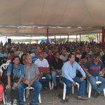 Esto es una muestra del trabajo que el pdte @NicolasMaduro hace por el pueblo de Bolívar... #ChavezAmorConAmorSePaga http://t.co/APeeWRsICT