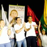 Encuentro con la comunidad de Los Pericos con Yenis Zúñiga, concejo y @JuanJose_GJ alcaldía http://t.co/z0Rb2Ui0Fy
