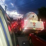 Tráfico pesado hacia Autopista Los Chorros desde Despensa Holanda vía @Jchicas_09 #TraficoSV  http://t.co/9qUGYXqxXy