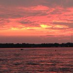 Sky on fire along Niagara River in #Tonawanda. #sunset http://t.co/hwV8x7gOKj