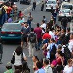 Gobierno pide a transportistas salir a laborar mañana. Aquí los detalles: http://t.co/Frcckvbh6E http://t.co/MxWYk0UI5w