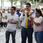 3.000 estudiantes de Caracas, Vargas y Miranda recibieron becas del Programa Robert Serra http://t.co/ocgjEta8HK http://t.co/6KiaWpVBah