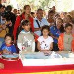 El cumpleaño del Comandante Chávez retumbó en la plazoleta del Inces http://t.co/n90dMEGCUs #ChávezAmorConAmorSePaga http://t.co/K9jtVyS7IV
