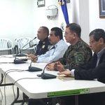 Com. Ramírez Landaverde destaca el trabajo policial desarrollado para capturar a pandilleros que impulsan sabotaje http://t.co/Q8Q0irAYPM