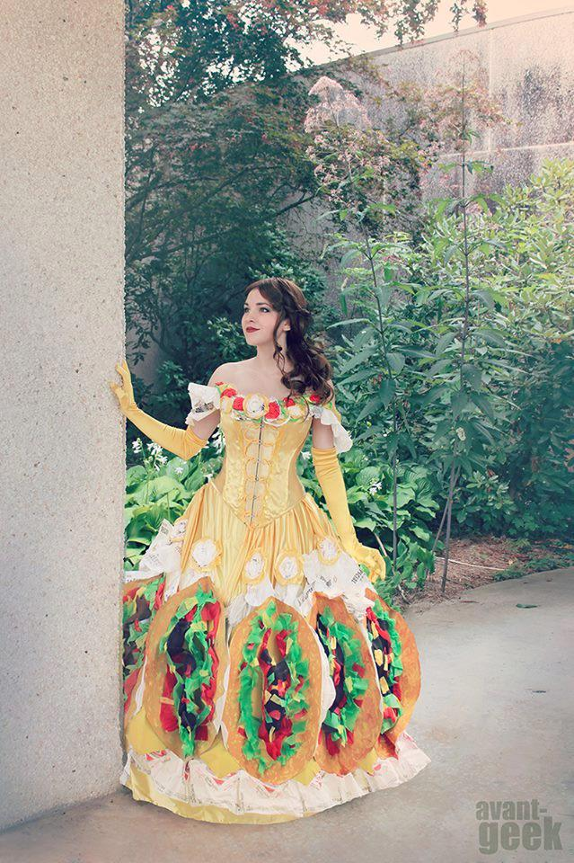 """TACO BELLE  I LOVE THIS  TACO BELLE  get it?  Belle from """"Beauty and the Beast""""  Taco Belle  GET IT?! http://t.co/7SBi1Vd1Pm"""